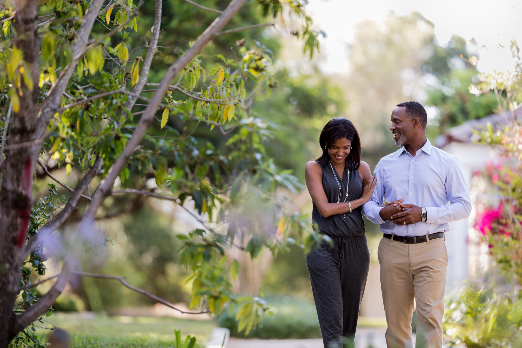 San Francisco Bay Area Advertising, Lifestyle, Commercial Photographer, african american black couple walking outdoor in the park