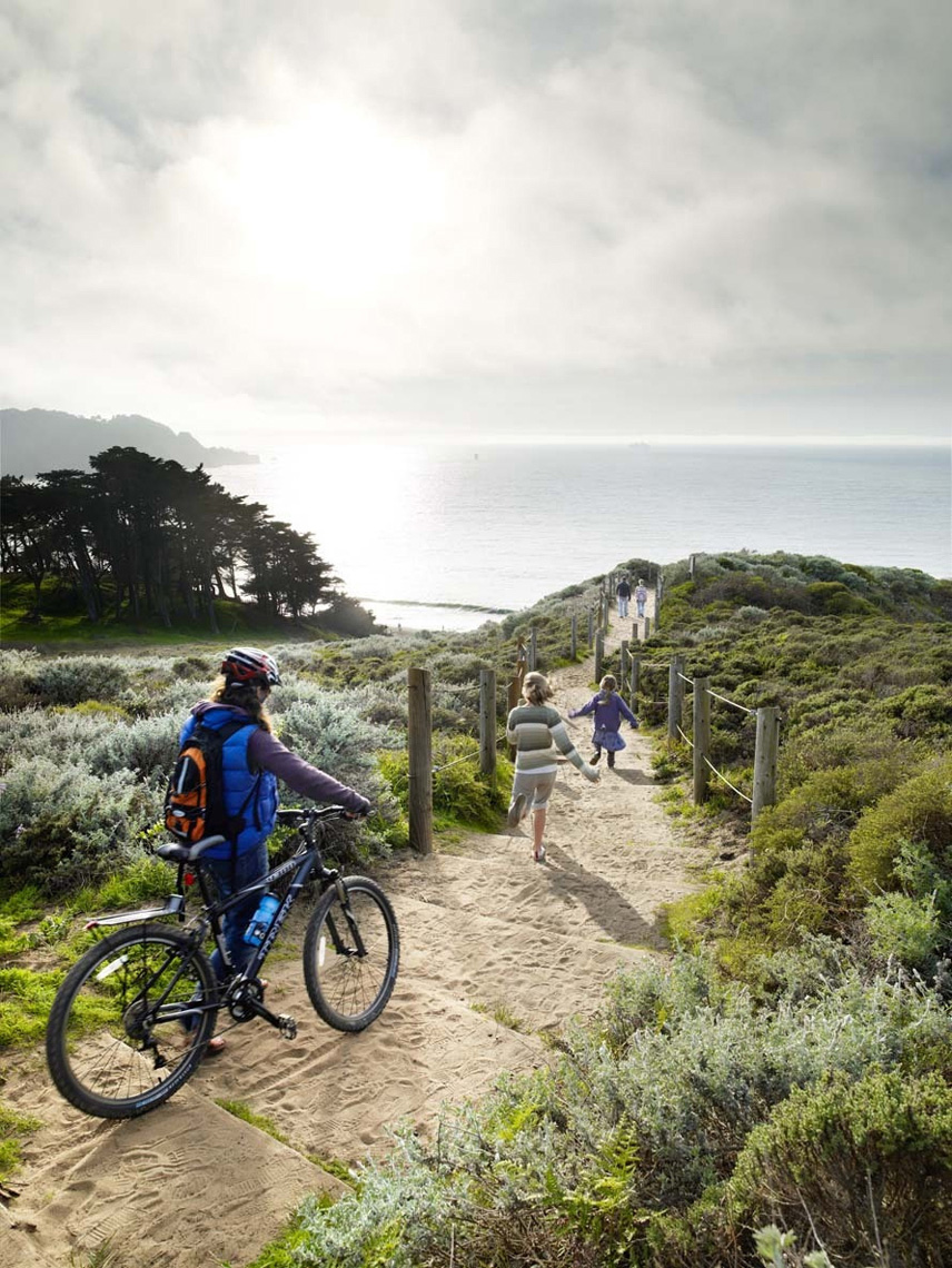 landscape photographer, advertising photographer, national park, san francisco bay, gold gate bridge, park, cliff, ocean, cliff, sunset, people exercising outdoor, bike trail, park